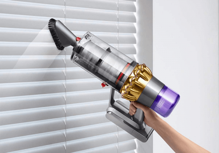 Picture 2 of the Dyson V11 Absolute.