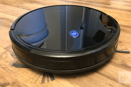 Picture 1 of the eufy RoboVac 11S.