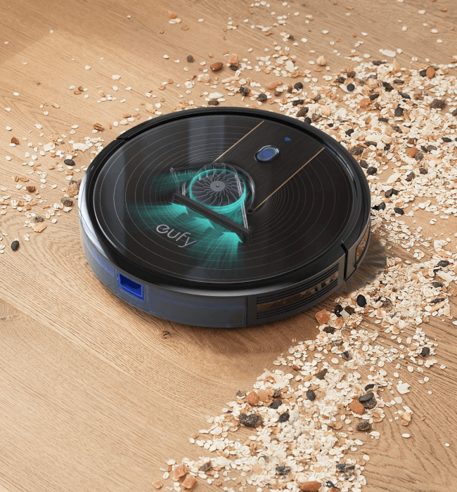 Picture 2 of the eufy RoboVac 15C.